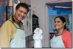 Thai-Australian ceramicist Vipoo Srivilasa with visiting Indian artisan Pushpa Kumari