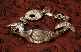 Jenuarrie bracelet